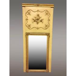 Restaurierungszeit Trumeau-Spiegel