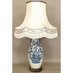 Große chinesische Porzellanlampe