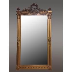 Großer Goldener Spiegel im Louis-XVI-Stil