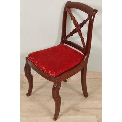 Stuhl aus der Restaurierungszeit