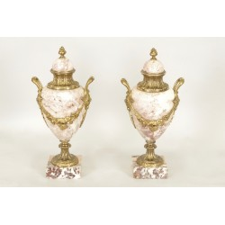 Paire De Vases Style Louis XVI