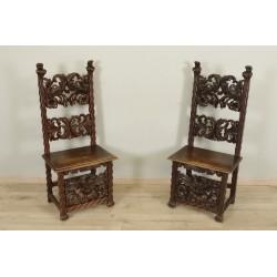 Paar Stühle im Renaissance-Stil