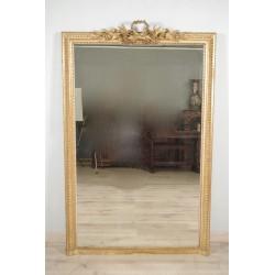 Vergoldeter Holzspiegel im Stil Louis XVI
