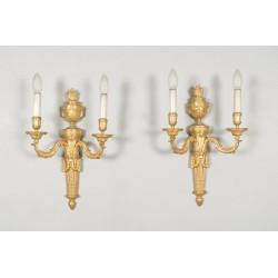 Paire d'appliques style Louis XVI bronze doré
