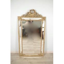 Vergoldeter Spiegel im Louis XVI-Stil